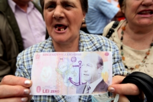 Pensioner with a false banknote